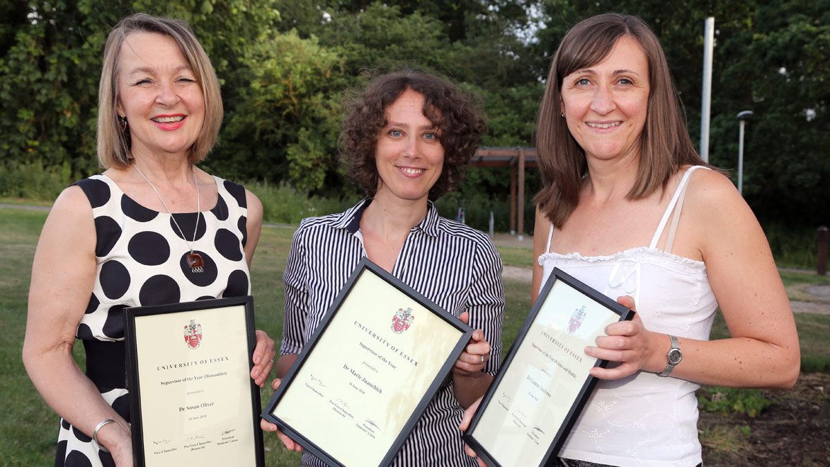 Dr Susan Oliver,  Dr Marie Juanchich and Dr Leanne Andrews)
